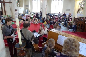 Singing the Easter Story